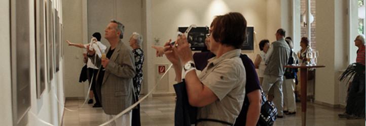 Blick in den Ausstellungsraum der Galerie im Königlichen Kurhaus